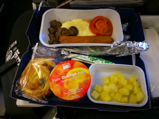 breakfast in economy class
